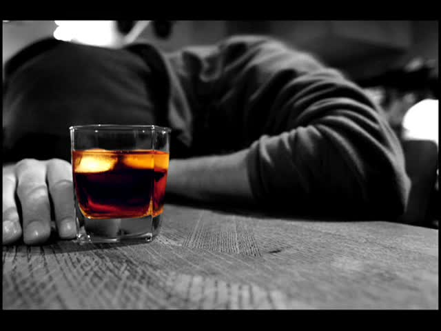 Алкоголизм - причина возникновения гастрита
