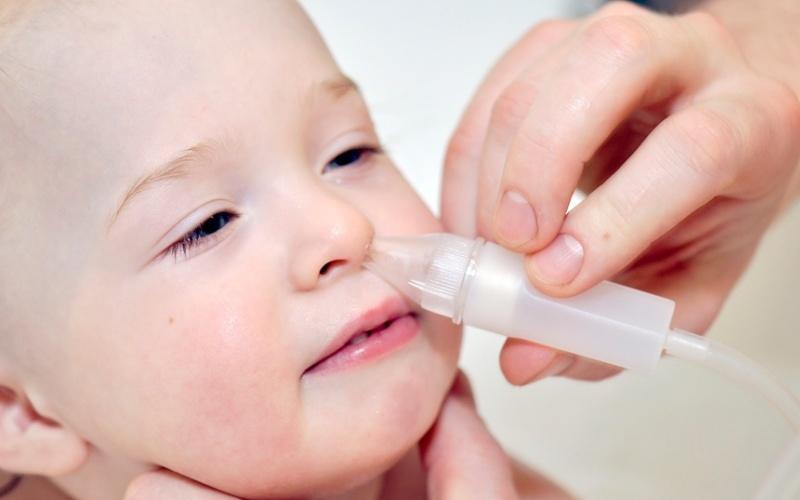Нос заложен у грудничка как лечить комаровский