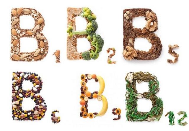 При лечении гастрита рекомендуют употреблять пищу содержащую витамины группы В