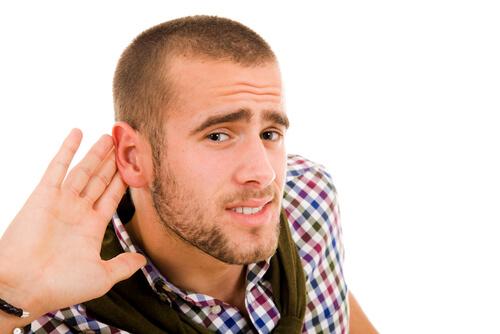 Снижение слуха: симптомы проблемы