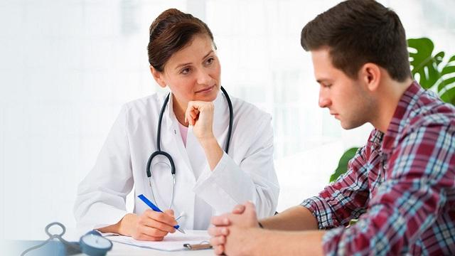 Шиповник имеет ряд противопоказаний, по этому рекомендуется проконсультироваться с врачом